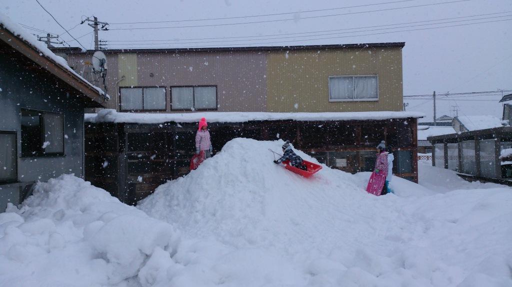 だいろく 雪遊び